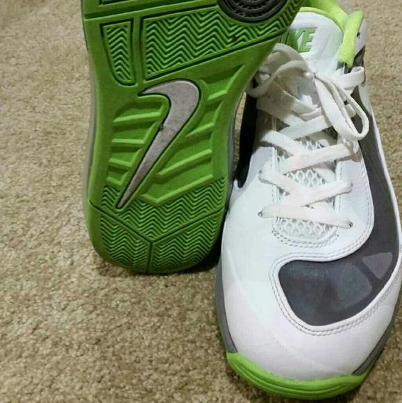 huge selection of d89f4 6a64b Air Max 360 BB Low Men Shoes. M 59e655aa56b2d6c717050082
