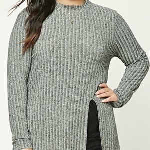 NWT mockneck marled tunic with slit