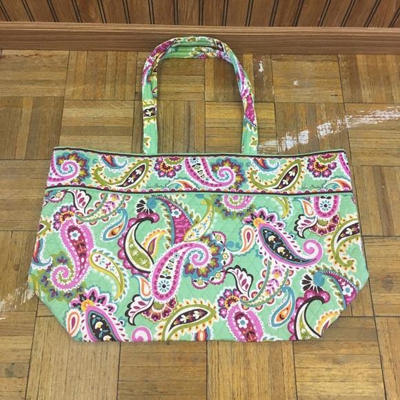 03350e775f Vera Bradley Tutti Frutti Large Tote Bag - NWOT. M 59e65ac72de5122258051860