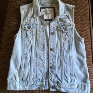 Abercrombie and Fitch Vest EUC
