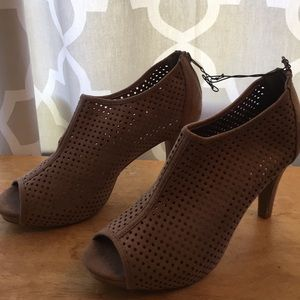 Taupe heeled open toe booties