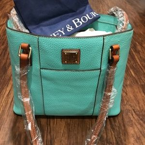 🔥 Dooney & Bourke Handbag 🔥