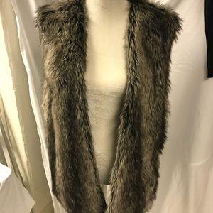 Zara faux fur knit vest size M