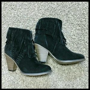 Shoes - ♚BLACK SUEDE FRINGE BOOTS-📦NIB📦♚