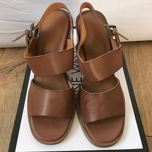 Urban Outfitters women Sandal Size 6 NEW!!