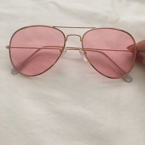 Accessories - Urban Outfitters sunglasses