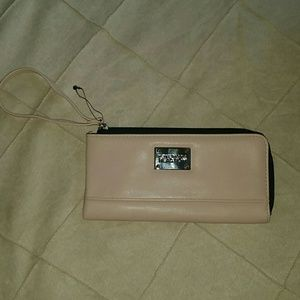 New! Kenneth Cole Wallet wristlet