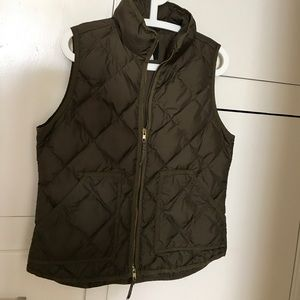 J.Crew quilted vest Army green