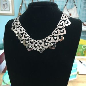 NEW IN BOX STELLA & DOT SILVER NECKLACE N261S