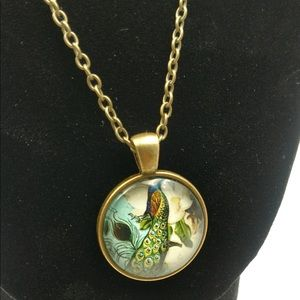 🆕 Peacock Glass Cabochon Pendant Necklace