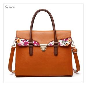 Handbags - 💐❤️HOST PICK-NEW Flower Printed Satchel Work Bag