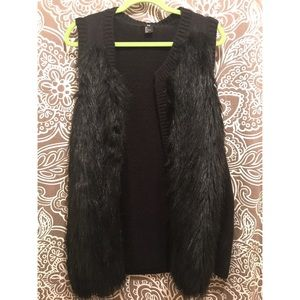 FAUX FUR VEST from H&M