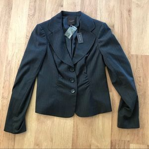 New The Limited Gray Button Up Fitted Back Blazer