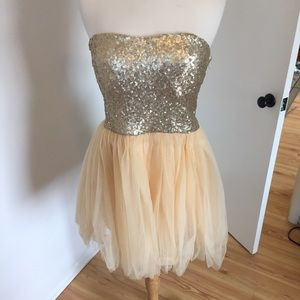 C19 NWT Pink & Gold Sequin Party Dress