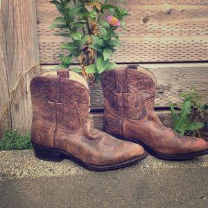 Frey distressed Cowboy boots.