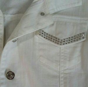 Chick's Platinum white denim jacket 3/4 sleeves, 2