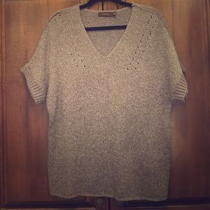 Gray v-neck Limited sweater