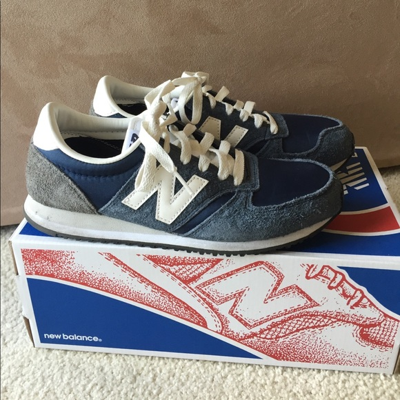 New Balance 420 Navy Vintage Sneakers