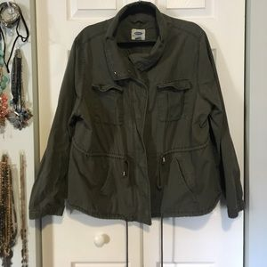 Old Navy cropped army green fall jacket!