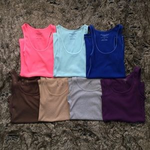 American Eagle & Old Navy Lot of 7 Tank Tops