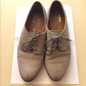 Dolce Vita Gray Suede Oxfords