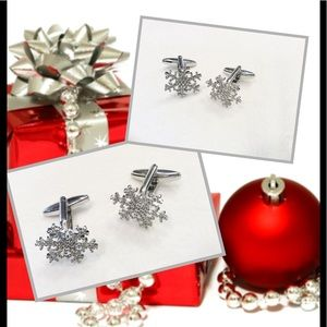 Other - Snowflake holiday Cuff Links Unisex trendy fashion