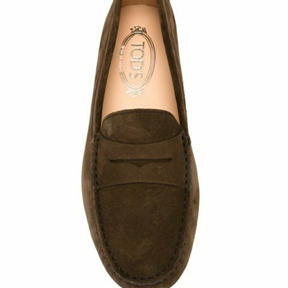 6f2c9ca3af7 ... Tod s Gommino driving suede loafers 9. M 59e6814b4225bebb5205c95d