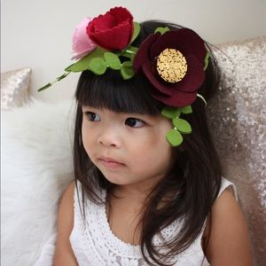 Other - Beautiful felt flower crown