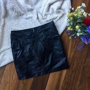 Romeo and Juliet couture black faux leather skirt