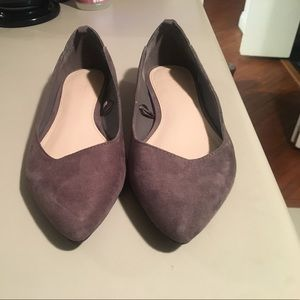 NWT never worn taupe heather-dove flats