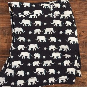 Elephant pattern riviera shorts 🐘