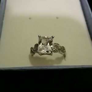 Jewelry - White Gold Filled Solitaire Engagement Ring