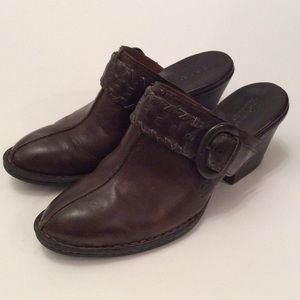 Brown Wedges by Born