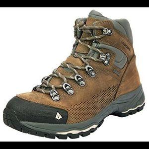 Vasque St. Elias Gore-Tex hiking boots