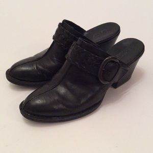 Black Wedges by Born