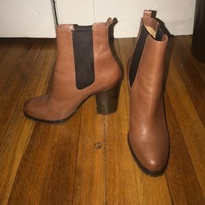 Coach Leather Heeled Ankle booties sz 8.5