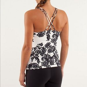 Lululemon laceoflage free to be tank top