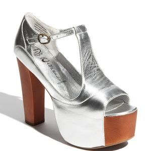 Jeffrey Campbell The Foxy Shoe in Silver Size 7.5