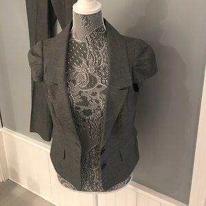 Black & white short sleeve suit jacket