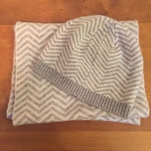 Accessories - Grey and White Cashmere Infinity Scarf & Beanie