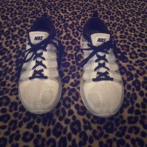 Nike FlyNit Lunar 2's