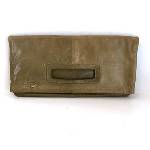Vintage 70s green leather clutch
