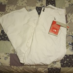 The North Face  snow pants NWT