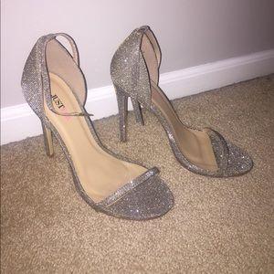 fabulous high heels!!!! Omg stunning