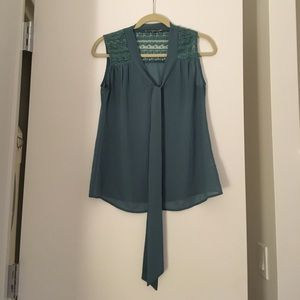 Blue Tie Bow Sleeveless Blouse