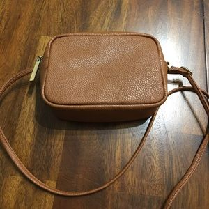 Small brown H&M purse