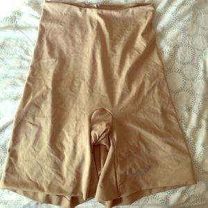 Shapewear shorts, high waisted