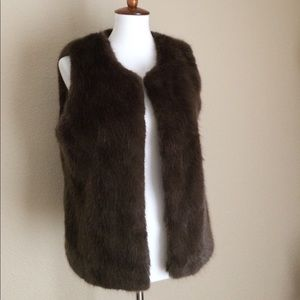F21 Fur Vest Medium Like new!