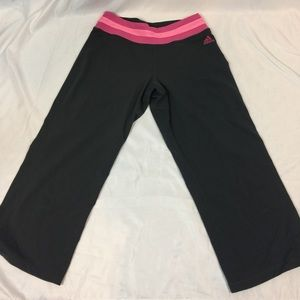 Adidas SZ S  Climalite Capri Workout Pants