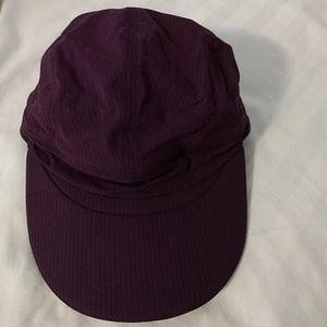 Lululemon purple run hat